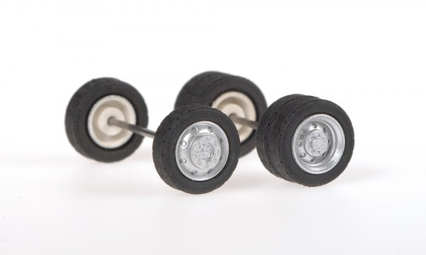 Mercedes-Benz Reifensatz mit Felgen, 1:87